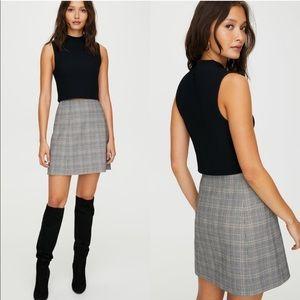 Babaton Modern Mini Skirt Size 4